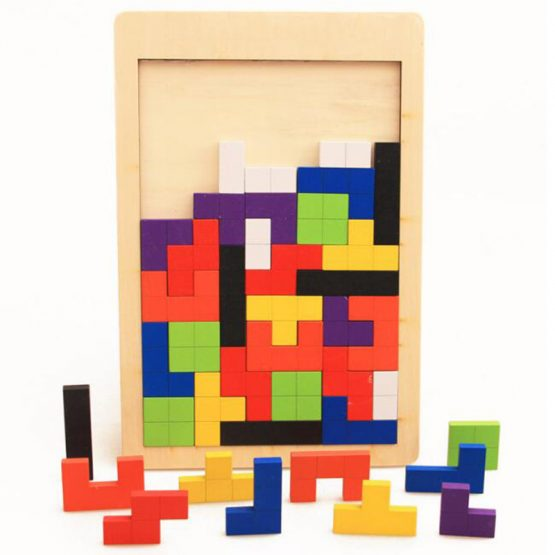 Wooden board jigsaw puzzle game Tetris